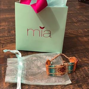 Mia bracelet. Beautiful and excellent condition.